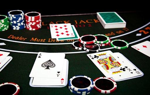 Judi Online Dewa Poker Hadir Dalam Bentuk Aplikasi
